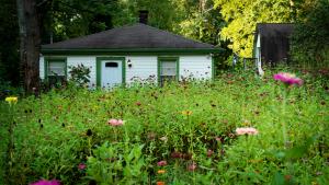 Wildflower_House_Barn_P1640017